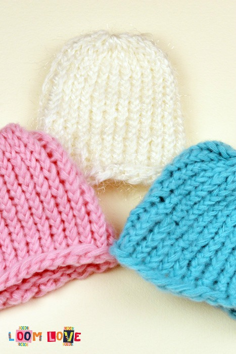 How to Knit a Baby Hat on a Round Loom