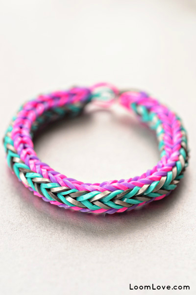 Double-Cross-Rainbow-Loom
