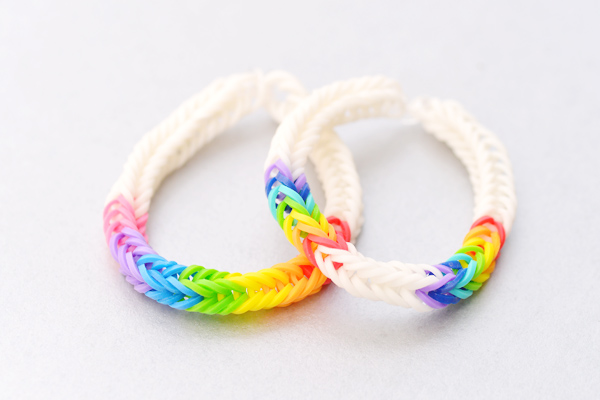 Rainbow ladder loom bracelet tutorial